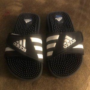Boys adidas Adissage slides